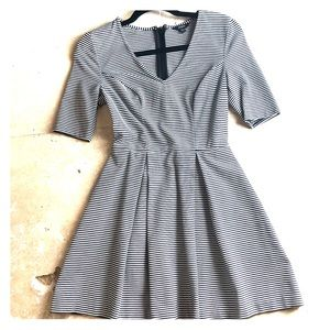 GUESS *Stripped Black and White Dress*
